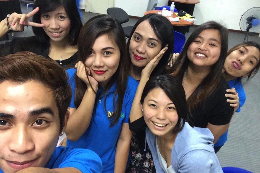 フィリピン 語学学校 留学 先生と生徒